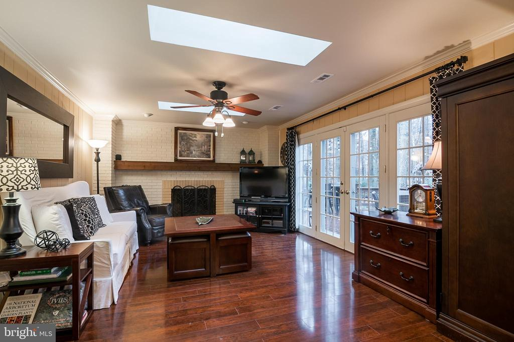 Beautiful hardwood floors in Family room - 11123 CLARA BARTON DR, FAIRFAX STATION