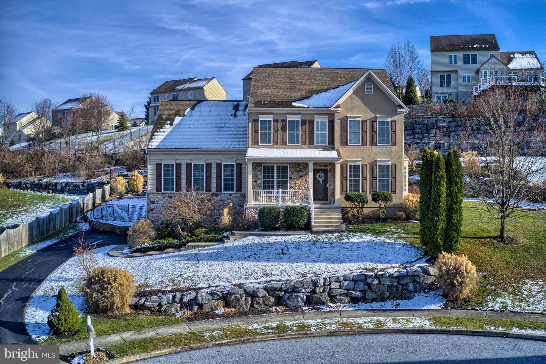 Single Family Homes por un Venta en 2054 TALBOT Court Red Lion, Pennsylvania 17356 Estados Unidos