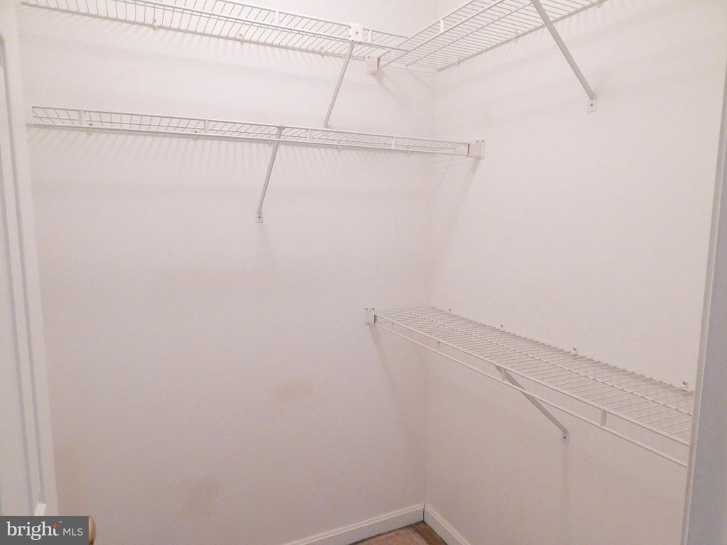 Bedroom 4, walk-in closet - 6205 PROSPECT ST, FREDERICKSBURG