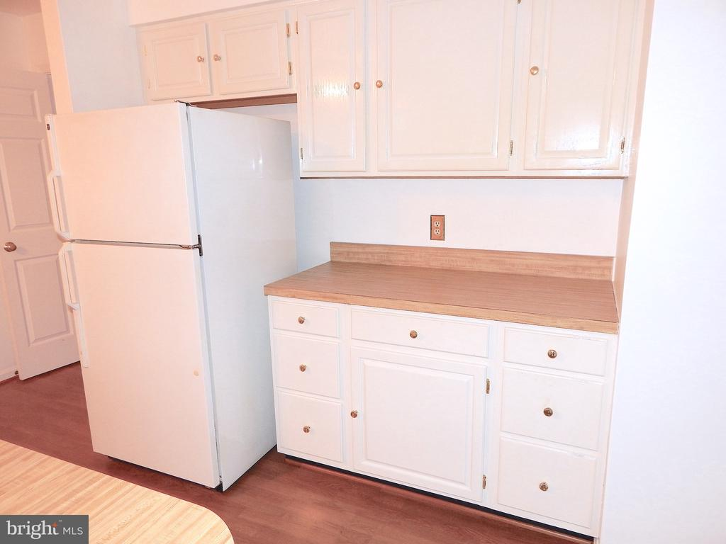 Kitchen serving/storage area - 6205 PROSPECT ST, FREDERICKSBURG