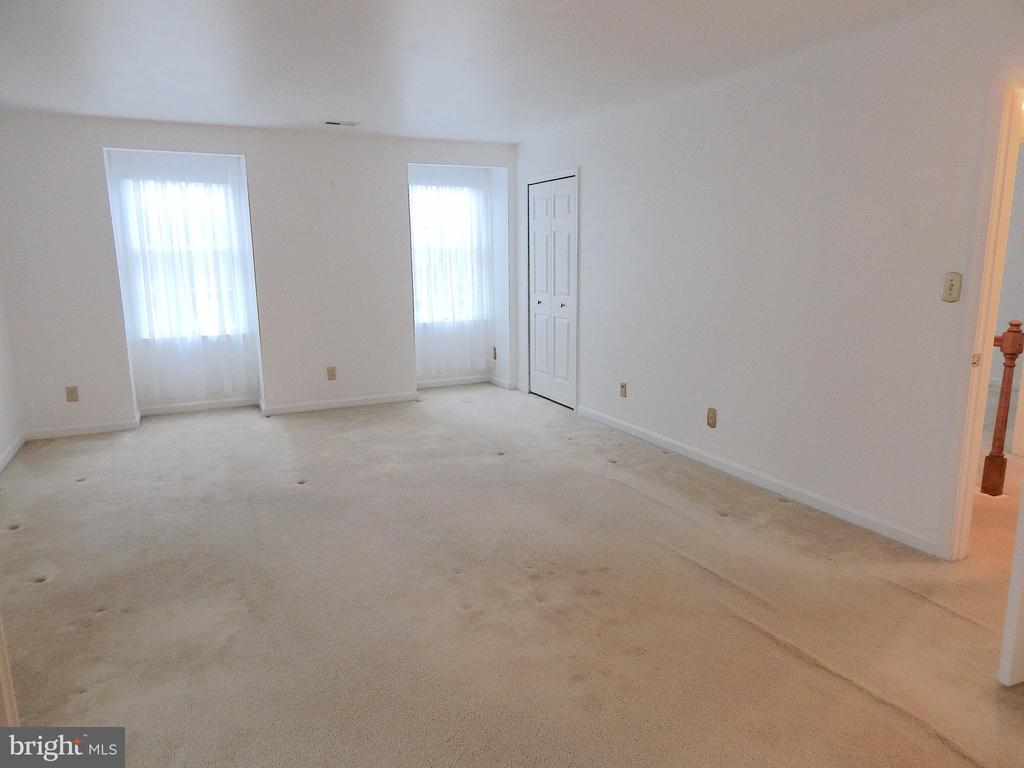 Master bedroom - secondary closet near window - 6205 PROSPECT ST, FREDERICKSBURG