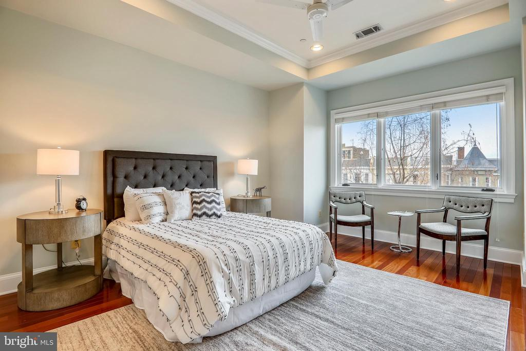 Master Bedroom #1 - 1324 FAIRMONT ST NW #B, WASHINGTON