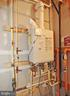 Energy Efficient Tankless Hot Water Heater - 22426 PHILANTHROPIC DR, ASHBURN