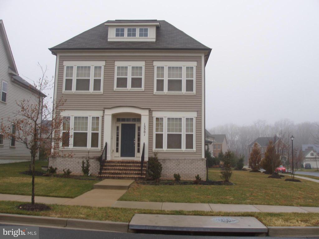 FRONT VIEW WITH PRIVATE SIDE YARD - 13501 WINDY MEADOW LN, SILVER SPRING