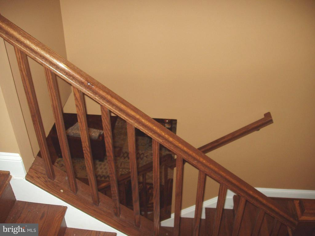 STAIRCASE - 13501 WINDY MEADOW LN, SILVER SPRING