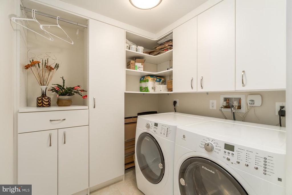 Spacious Laundry Room and extra storage. - 601 N FAIRFAX ST #304, ALEXANDRIA