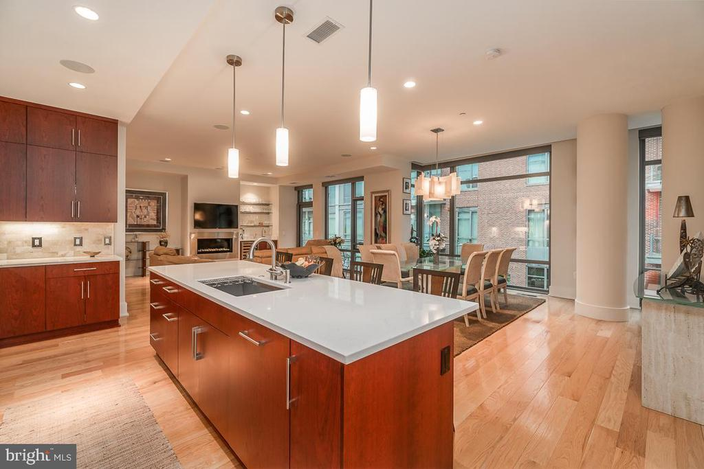 Light and Bright, with floor to ceiling windows. - 601 N FAIRFAX ST #304, ALEXANDRIA