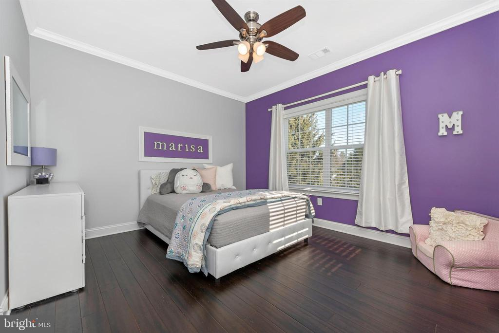 Bedroom with gleaming floors! - 7937 YELLOW SPRINGS RD, FREDERICK