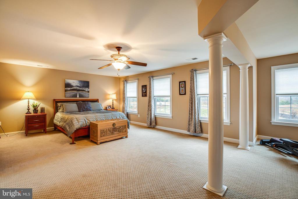 Master bedroom - 4 DECOY LN, STAFFORD