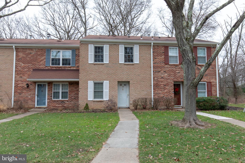Property pour l Vente à Lawrenceville, New Jersey 08648 États-Unis