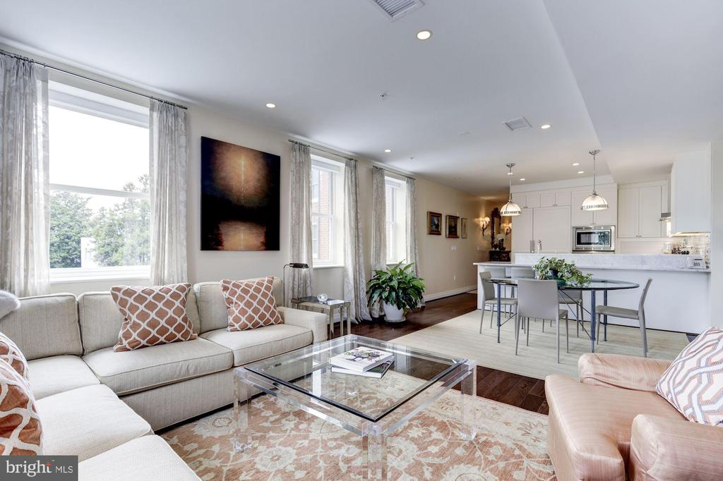 Large living room open to kitchen - 3052 R ST NW #307, WASHINGTON