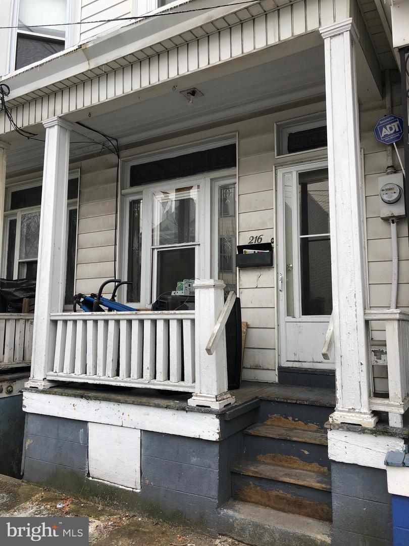 Single Family Homes για την Πώληση στο 216 E PINE Street Mahanoy City, Πενσιλβανια 17948 Ηνωμένες Πολιτείες