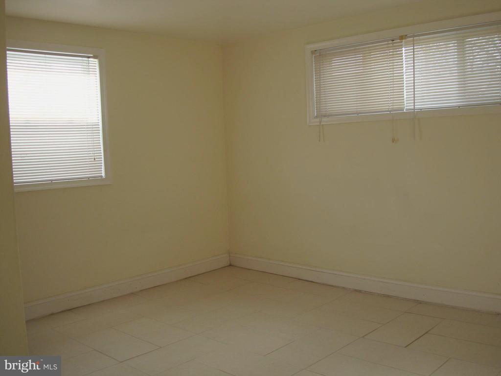 Bedroom 4 - 5241 MONROE DR, SPRINGFIELD