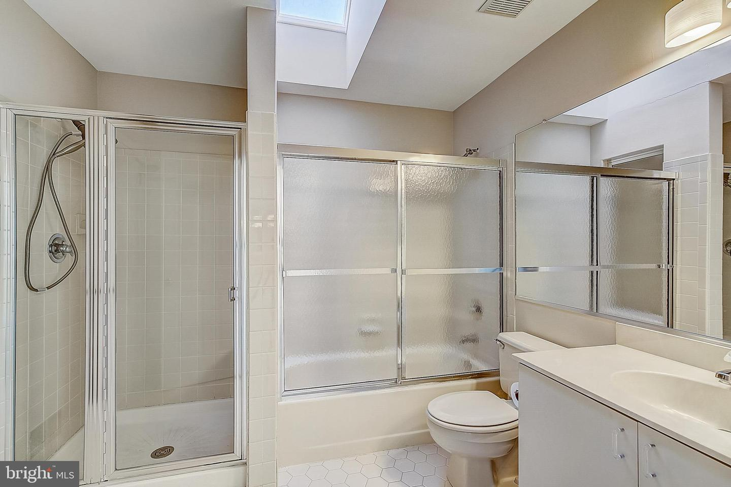 Additional photo for property listing at  Princeton Junction, New Jersey 08550 United States