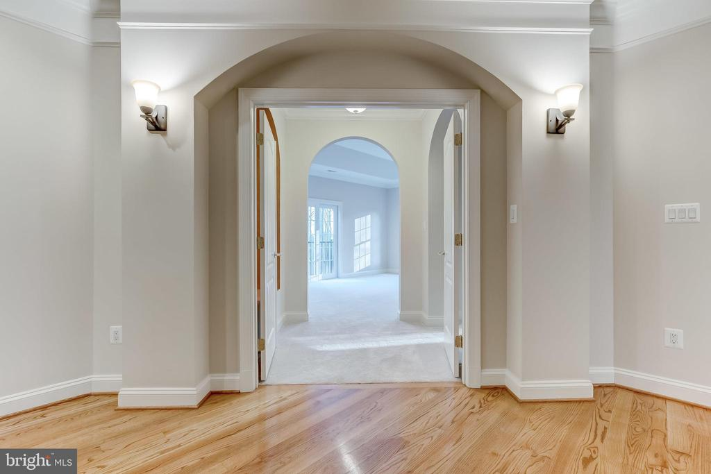 Entry to Master Bedroom - 12931 WEXFORD PARK, CLARKSVILLE