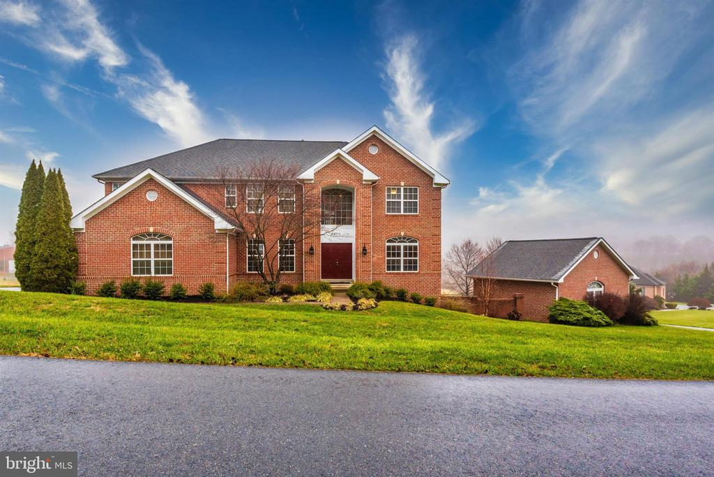 Exterior Front - 8400 RIVER MEADOW DR, FREDERICK