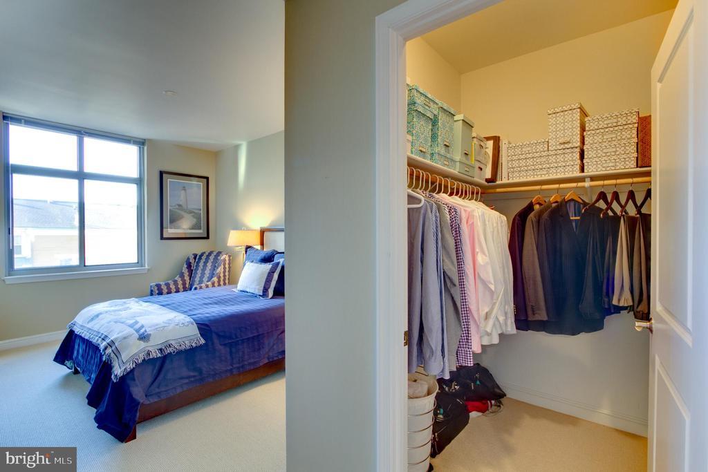 Bedroom Master - 11990 MARKET ST #413, RESTON
