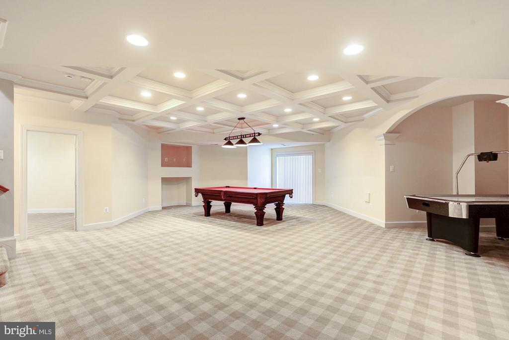 Lower Level with pool table and game table - 1553 SHELFORD CT, VIENNA