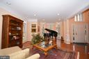 Elegant, stately entrance foyer and living room. - 702 PILOT HOUSE DR, ANNAPOLIS