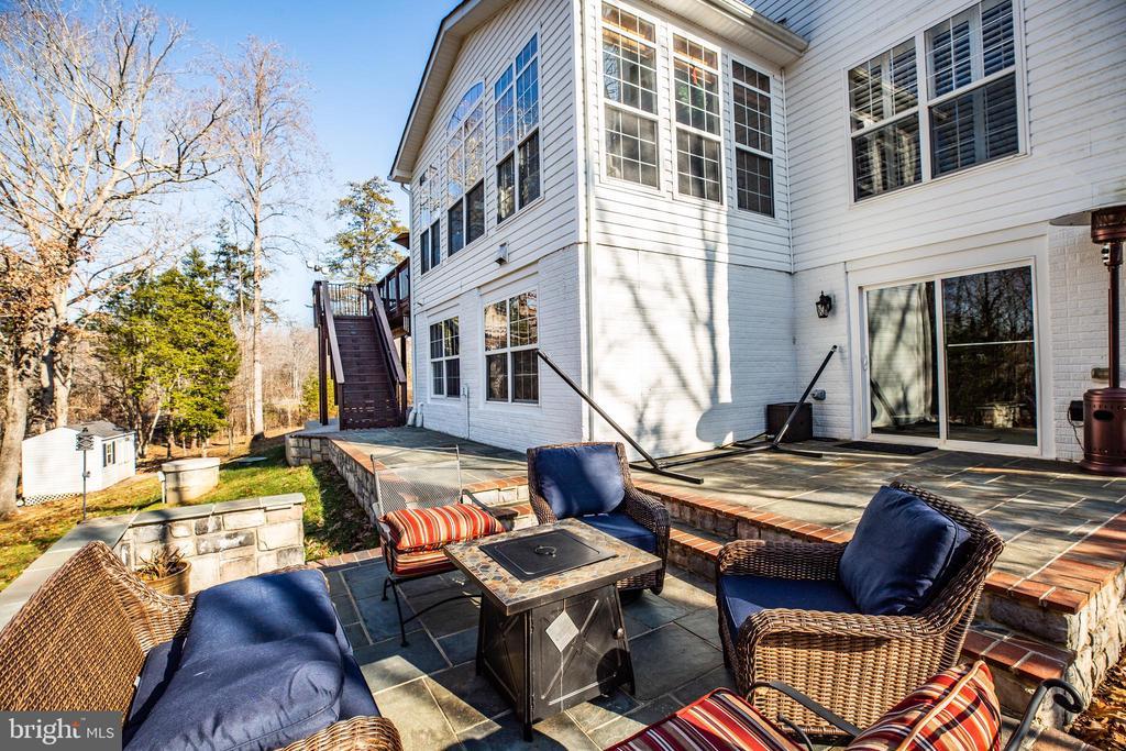 Great patio! - 4 DECOY LN, STAFFORD
