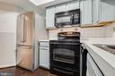 Newer Refrigerator and Refreshed Cabinets - 2400 CLARENDON BLVD #1004, ARLINGTON