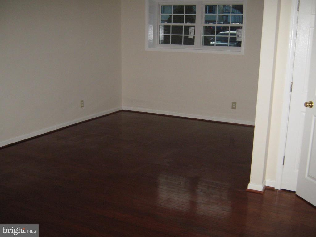 Large 2nd Master Bedroom Lower level - 78 VISTA WOODS RD, STAFFORD