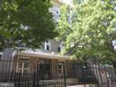 Front gated entry - 1308 CLIFTON ST NW #401, WASHINGTON