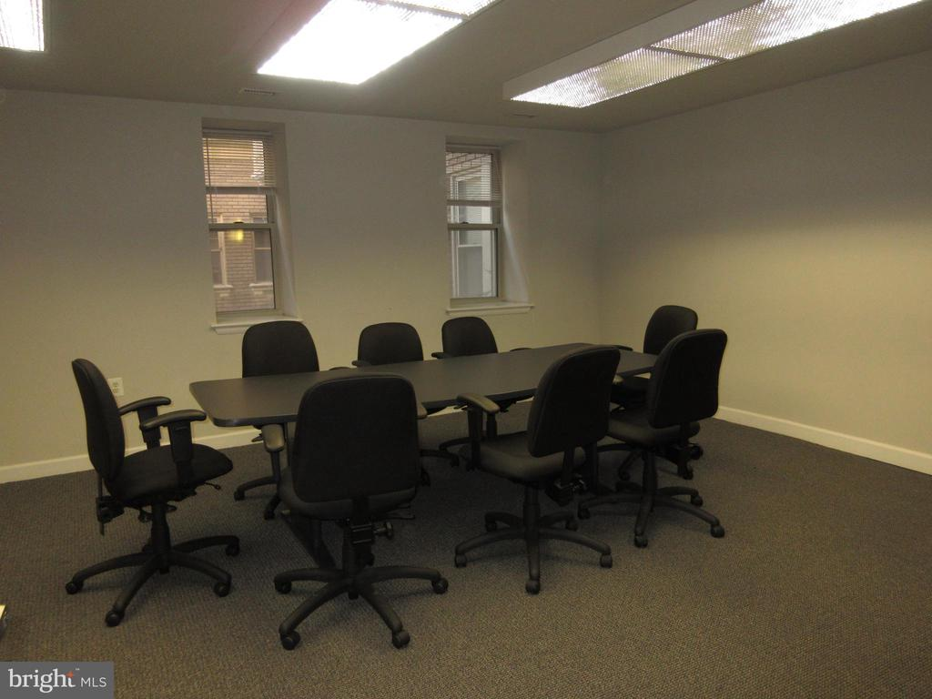 Meeting room - 1308 CLIFTON ST NW #401, WASHINGTON