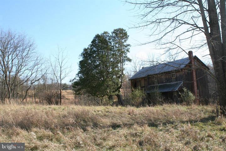 Single Family Homes のために 売買 アット Clearville, ペンシルベニア 15535 アメリカ