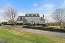Stunning 4 finished level Weatherburne home - 37239 HUNT VALLEY LN, PURCELLVILLE