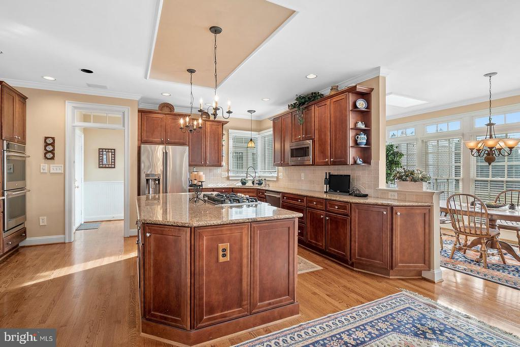 Gourmet kitchen with granite counters - 37239 HUNT VALLEY LN, PURCELLVILLE