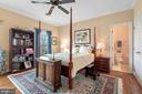 Bedroom number four with private bath. - 37239 HUNT VALLEY LN, PURCELLVILLE