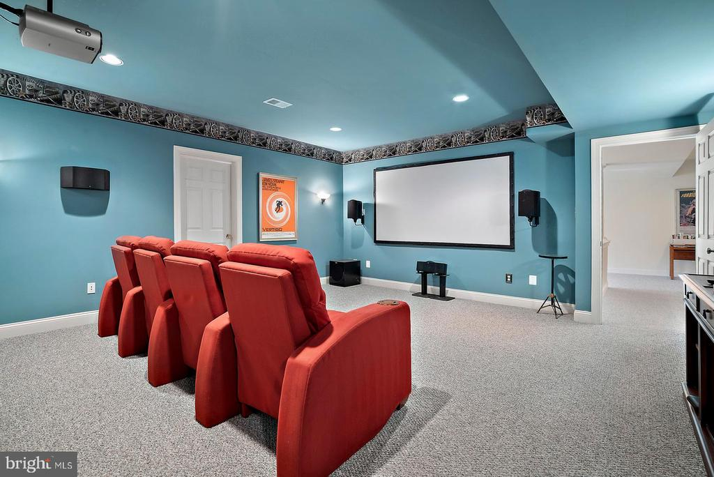 Great media room for all the movies and big games. - 37239 HUNT VALLEY LN, PURCELLVILLE