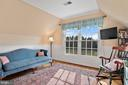 Paneled bead board in master sitting room. - 37239 HUNT VALLEY LN, PURCELLVILLE