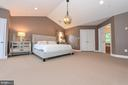 Relax at the end of the day in this master suite. - 6720 BOX TURTLE, NEW MARKET