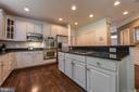 Beautiful bright open kitchen! - 6720 BOX TURTLE, NEW MARKET