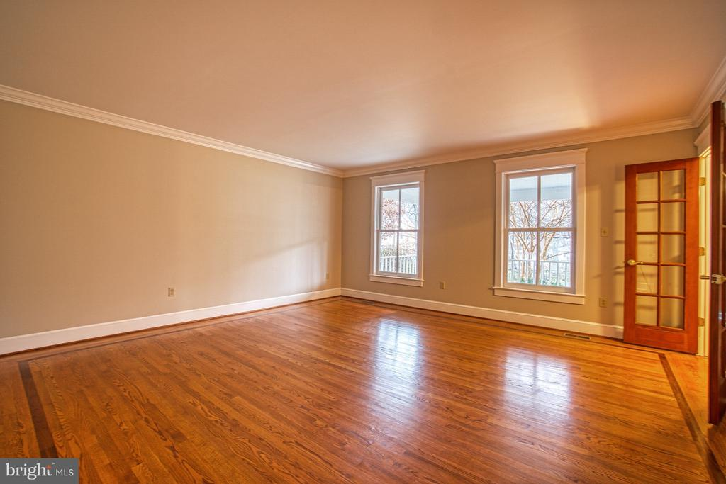 Formal Living Room - Amazing wood floors! - 3896 GLENBROOK RD, FAIRFAX
