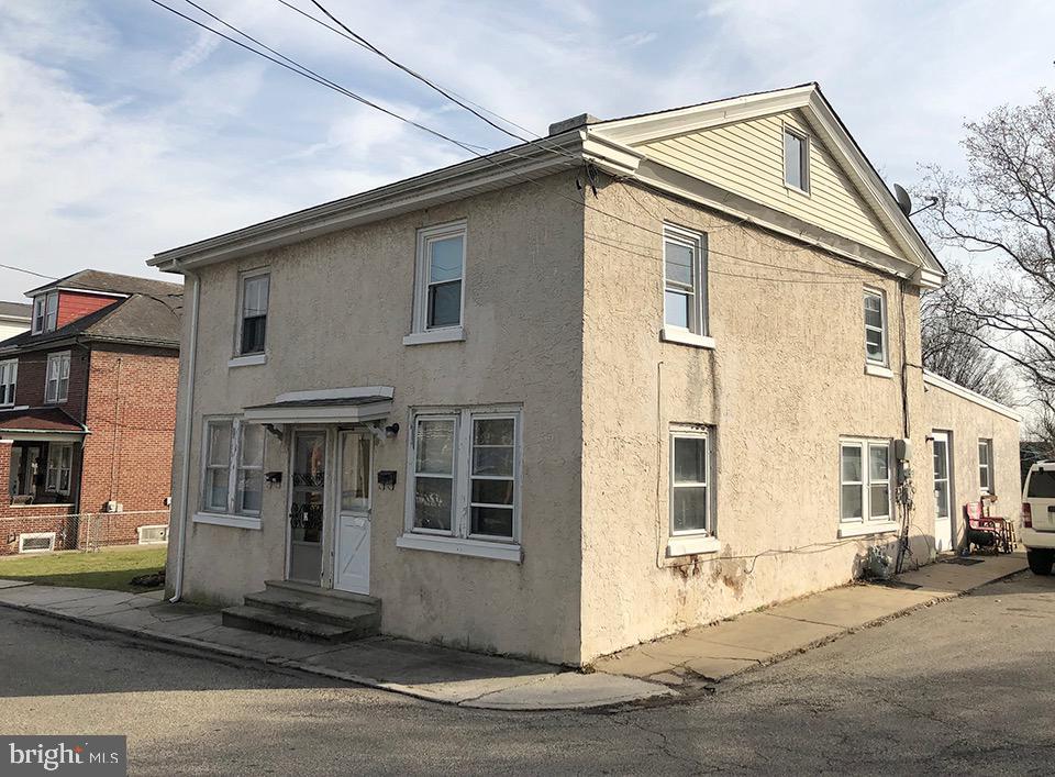 Duplex Homes για την Πώληση στο Bridgeport, Πενσιλβανια 19405 Ηνωμένες Πολιτείες