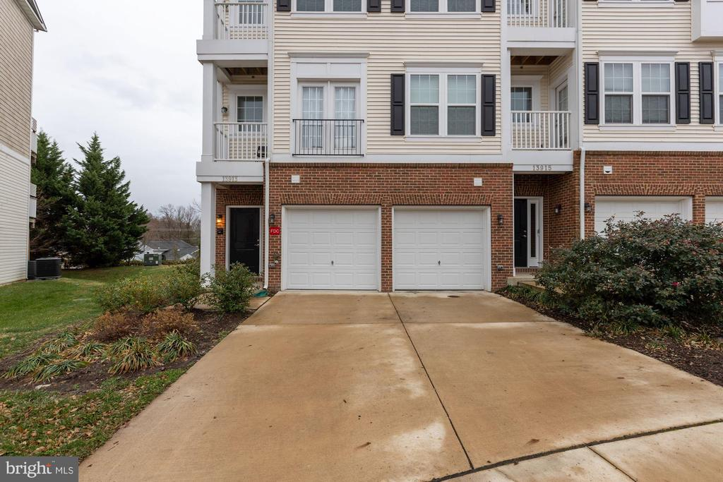 - 13913 HOLLOW WIND WAY #101, WOODBRIDGE