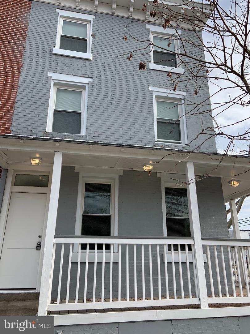 Single Family Homes для того Аренда на Camden, Нью-Джерси 08103 Соединенные Штаты
