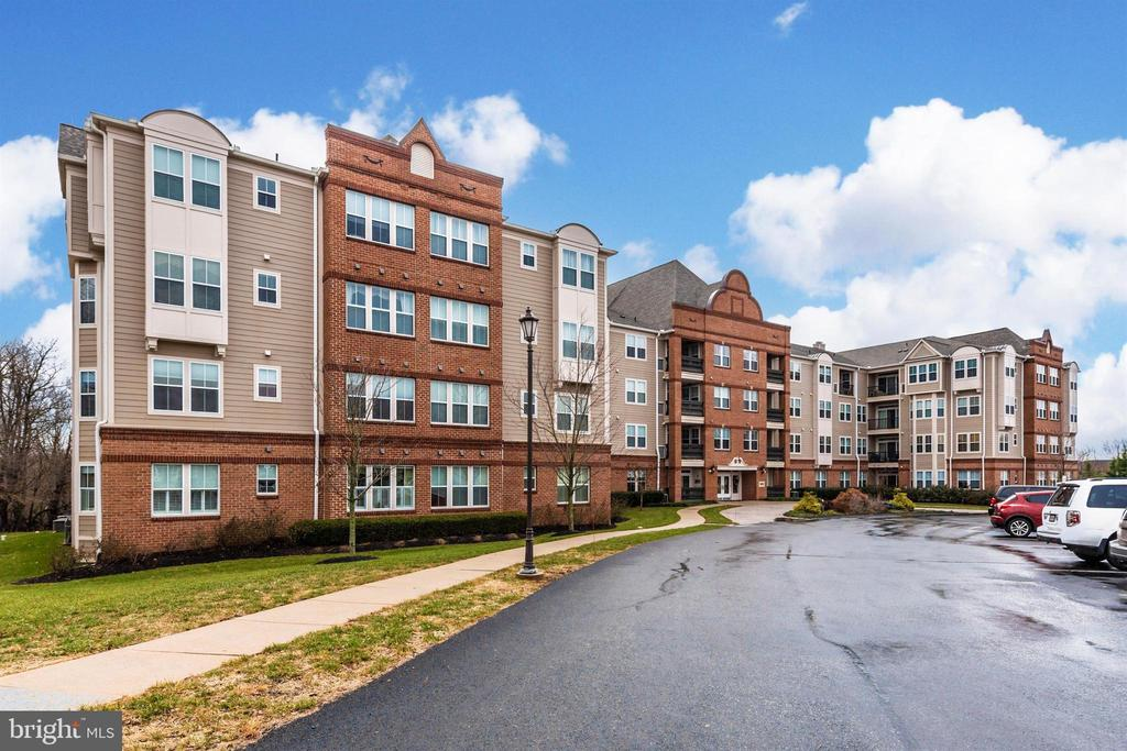 Exterior Building Side - 3030 MILL ISLAND PKWY #408, FREDERICK