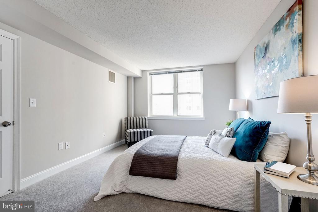 Spacious owner's suite - 900 N TAYLOR ST #1426, ARLINGTON