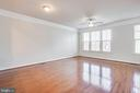 Gleaming hardwoods,  Three-Piece Crown Molding. - 4515 POTOMAC HIGHLANDS CIR #133, TRIANGLE
