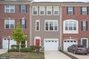 Two Cars Fit On This Long Driveway - 4515 POTOMAC HIGHLANDS CIR #133, TRIANGLE