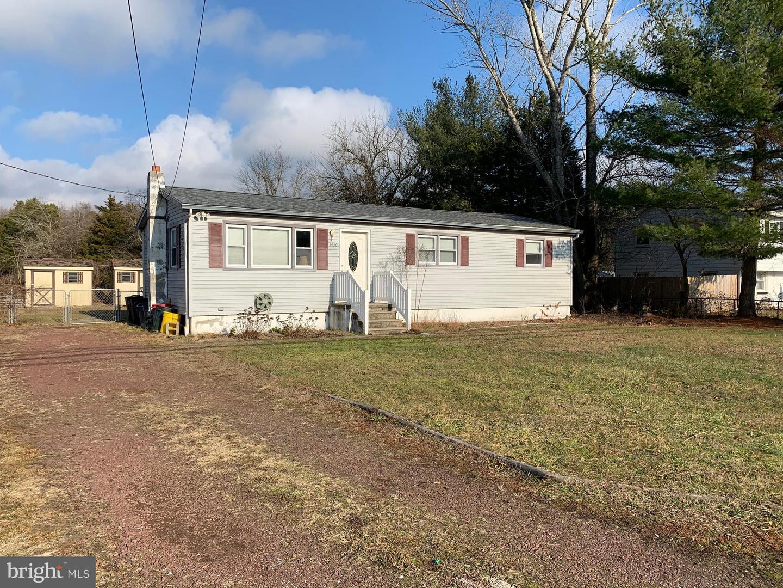 Single Family Homes 为 销售 在 Woodbine, 新泽西州 08270 美国