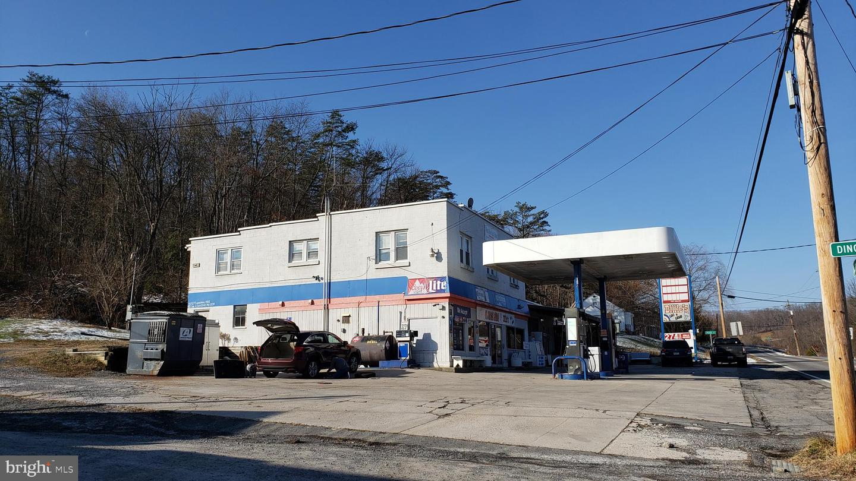 Vente au détail pour l Vente à Flintstone, Maryland 21530 États-Unis