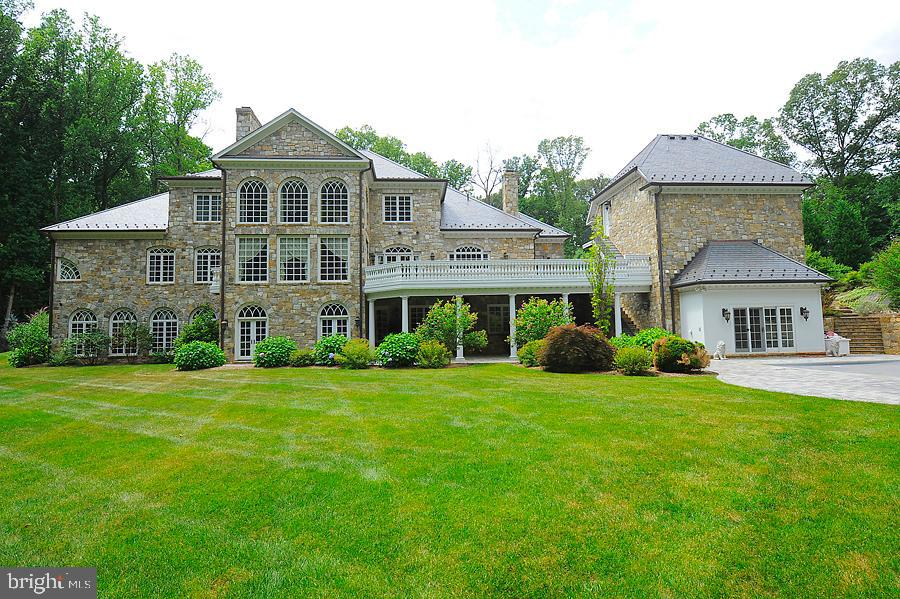 Rear Exterior - 7712 GEORGETOWN PIKE, MCLEAN