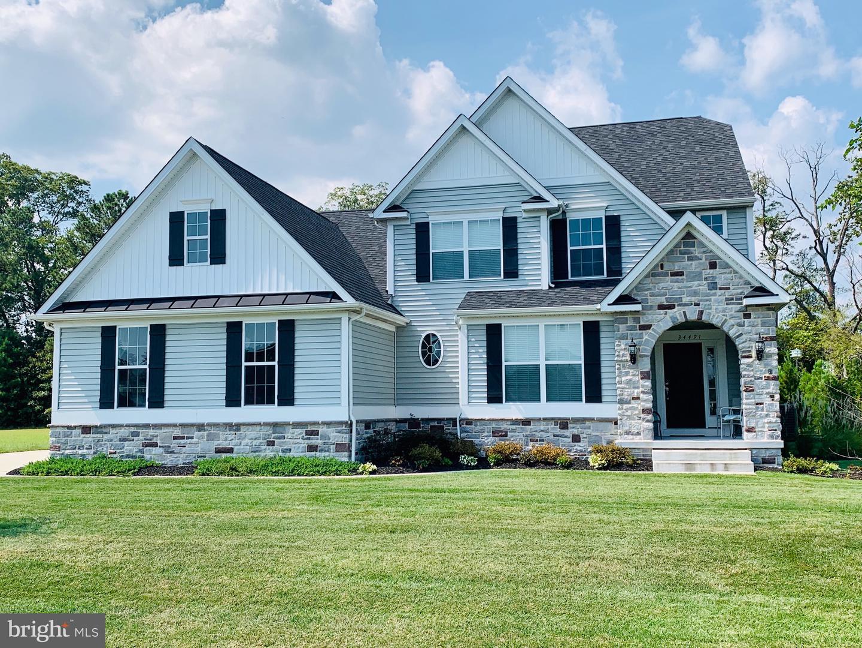 Single Family Homes para Venda às 8 HENRY'S WAY Millsboro, Delaware 19966 Estados Unidos