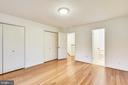 Master bedroom #1 w/bamboo floors & double closets - 2014 SWANS NECK WAY, RESTON