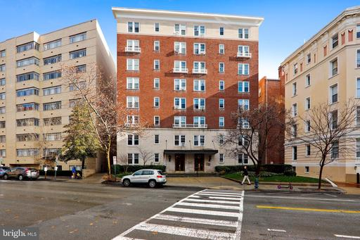 1954 COLUMBIA RD NW #810